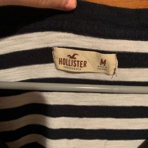 Hollister long sleeve v-neck
